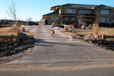 White Hawk Ranch driveway 3