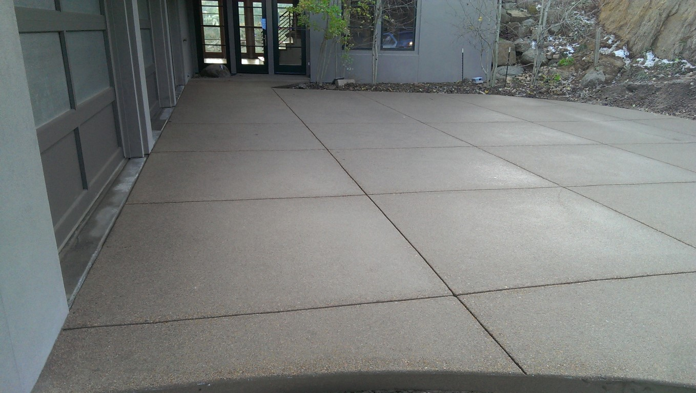 parking pad , color - Outback
