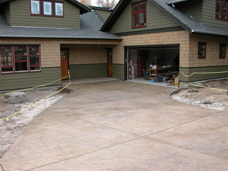 2070 Neher Ln., Stamped driveway