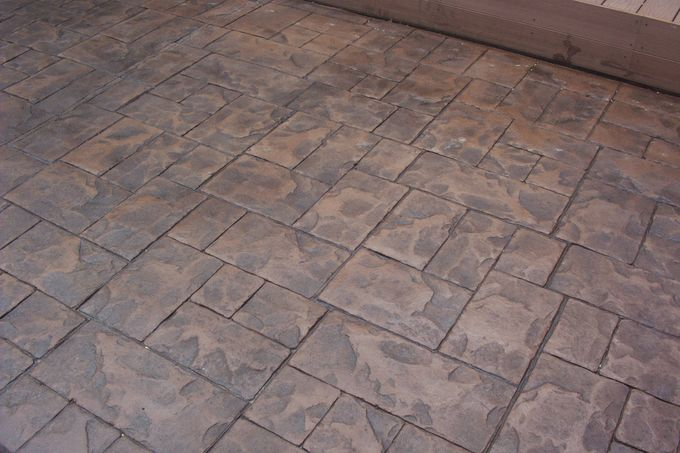 Cut ashlar slate patio